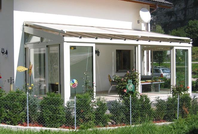 Giardini d 39 inverno e pergolati in vetro con tettoie fisse e mobili frubau e stobag a torino - Giardino d inverno in terrazza ...