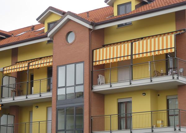 Tende da sole a capanno per attici, terrazzi, dehor, locali pubblici ...