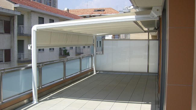Tende da sole a capanno per attici terrazzi dehor for Tenda terrazzo
