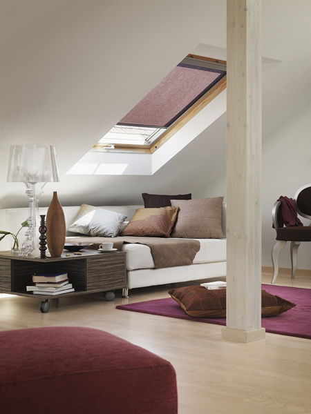 Casa immobiliare accessori velux tende for Finestre velux foto