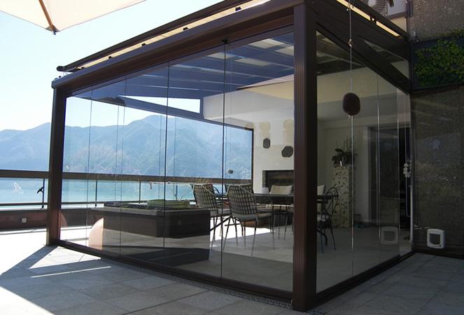 Vetrate e Verande panoramiche con telaio o tutto vetro per balconi e ...