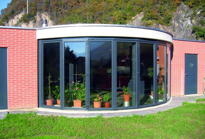 Vetrate Per Balconi Esterni : Vetrate e verande panoramiche con telaio o tutto vetro per balconi